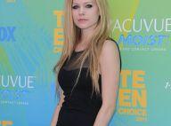 Avril Lavigne : Un fan tue sa mère pour des places de concert