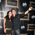 Mario Lopez fête son anniversaire avec sa compagne Courtney Mazza, à Las Vegas le 9 octobre 2011