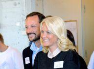 Mette-Marit et Haakon : Tendres et en parfaite harmonie en plein travail