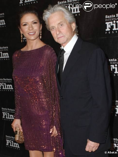 Michael Douglas et sa femme Catherine Zeta-Jones le 13 octobre 2011 au festival de Santa Barbara, pour recevoir le prix Kirk Douglas.