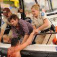 Adam Brody et Elisabeth Shue dans Piranha 3D