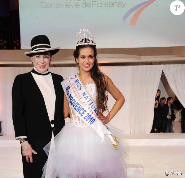 Geneviève de Fontenay et Barbara Morel, à Paris, pour l'élection de Miss Nationale 2011, en décembre 2010.
