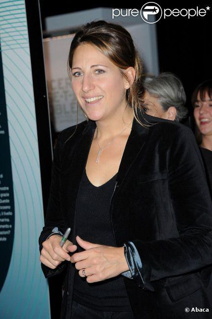 Maud Fontenoy en visite à la Villette à Paris le 20 octobre 2011