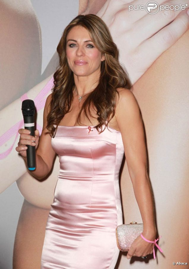 Elizabeth Hurley lors de la soirée caritative Ready, Set, Pink !, à New York. Le 20 octobre 2011