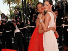 PHOTOS : Noémie Lenoir et Doutzen Kroes, les L'Oreal's girls étourdissantes de beauté...