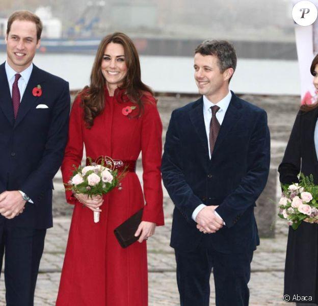 Le prince William et sa femme Catherine sont arrivés à Copenhague pour deux jours mercredi 2 novembre, accueillis par le prince Frederik et la princesse Mary.
