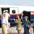 Cérémonie d'accueil des royaux néerlandais à l'aéroport de Saba, le 5 novembre 2011.