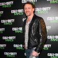 Jean-Paul Rouve, pas calé en jeux vidéo, mais fortiche en soirée.  Call of Duty: Modern Warfare 3  a vécu un lancement en grande  pompe au palais de Chaillot, à Paris, le 7 novembre 2011. Activision  avait vu les choses en grand et convié de nombreux VIP.