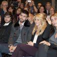 Shakira et son compagnon Gerard Piqué concentrés au salon du livre à Barcelone pour soutenir la promotion du livre du père du footballeur Joan Piqué, le 17 novembre 2011