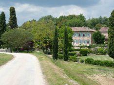 PHOTOS : Ça y est, Angelina Jolie et Brad Pitt ont acheté une propriété dans le sud de la France !