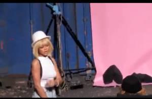Rihanna se mue en femme fatale blonde pour You Da One