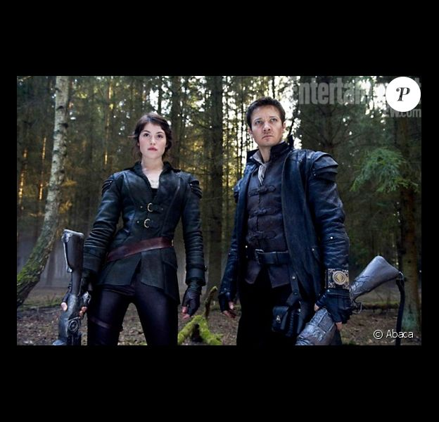 Gemma Arterton et Jeremy Renner dans Hansel & Gretel : Witch Hunters
