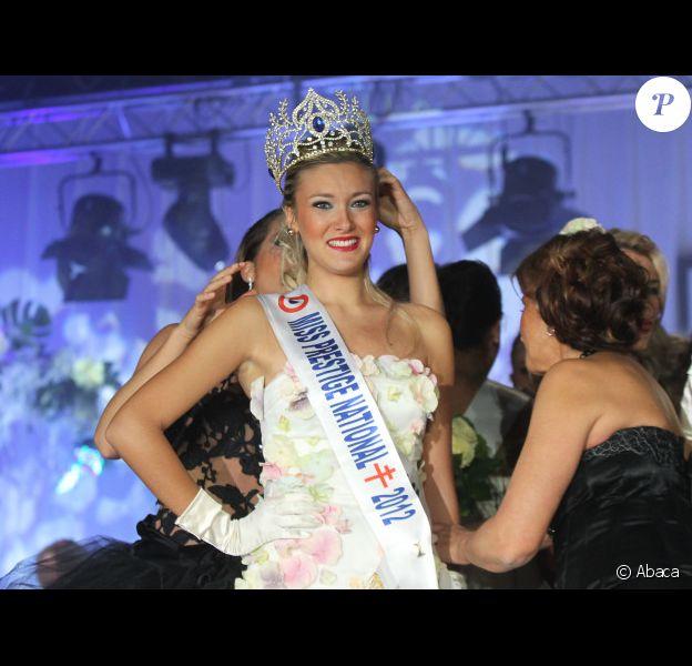 Christelle Roca, Miss Prestige National 2012, le dimanche 4 décembre 2011 à Divonne-les-Bains, lors de son sacre.