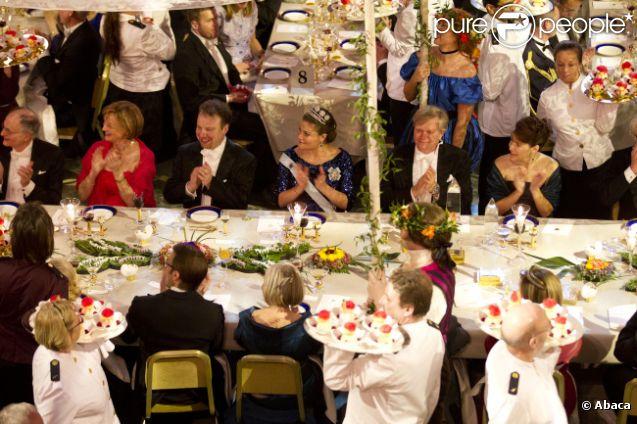 758147-le-banquet-de-la-ceremonie-de-remise-637x0-3.jpg