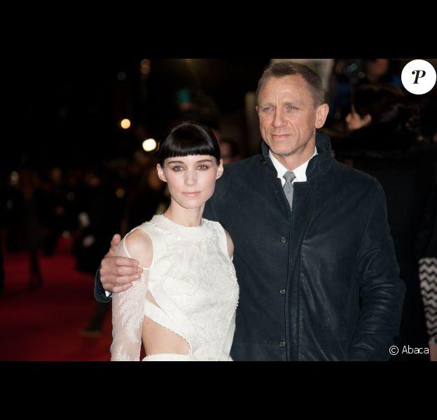 Daniel Craig et Rooney Mara à l'avant-première de Millénium : Les hommes qui n'aimaient pas les femmes, à Londres le 12 décembre 2011.