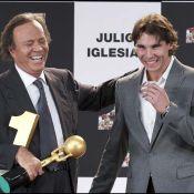 Julio Iglesias, honoré par Rafael Nadal, annonce sa retraite