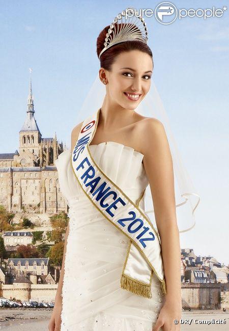 Dephine Wespiser, Miss France 2012, porte une robe de mariée Miss France pour Complicité