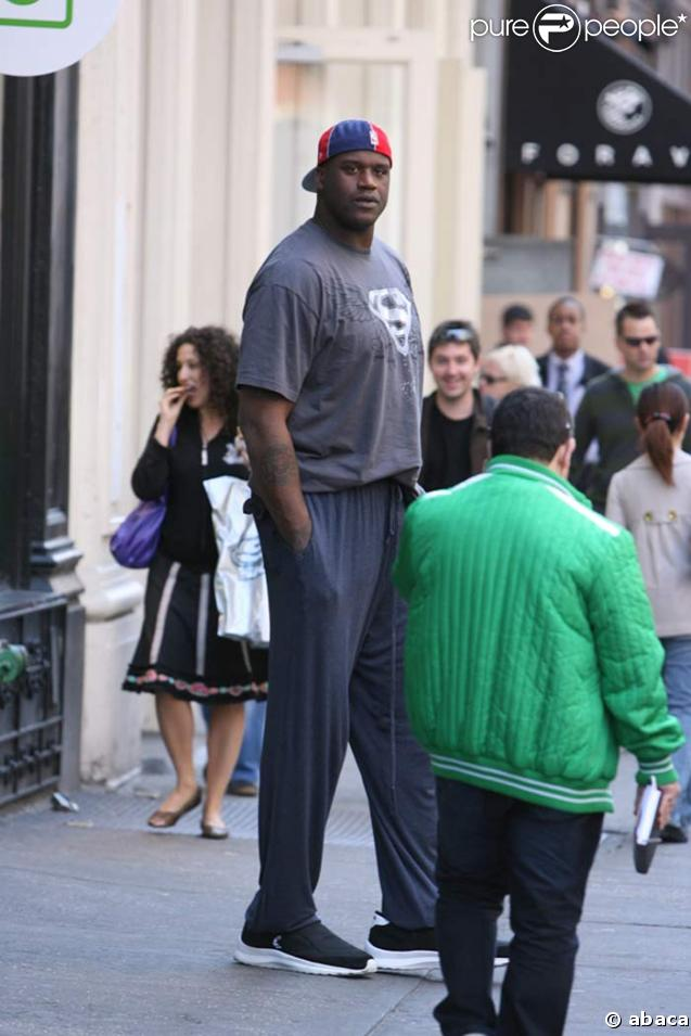 PHOTOS : Shaquille O'Neal a encore grandi Katie Holmes Divorce