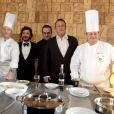 Jean Reno et Michaël Youn lors de la cérémonie de cloture du 15e Festival international du film de Comédie de l'Alpe d'Huez le samedi 21 janvier 2012