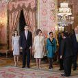 Le président du Pérou Ollanta Humala et son épouse Nadine Heredia ont été accueillis le 25 janvier 2012 au palais de la Zarzuela, à Madrid, par le roi Juan Carlos Ier, la reine Sofia, le prince Felipe et la princesse Letizia.