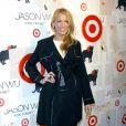 Blake Lively en manteau lors de la soirée de lancement de la collection Jason Wu pour Target, à New York, le 26 janvier 2012