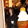 """Laura Morante lors de l'inauguration de la  """"Maison Rome Étoile"""", nouvelle boutique Louis Vuitton à Rome, le 27  janvier 2012"""