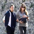 Nicolas Sarkozy, Carla Bruni et leur petite Giulia à Versailles, le 31 octobre 2011.