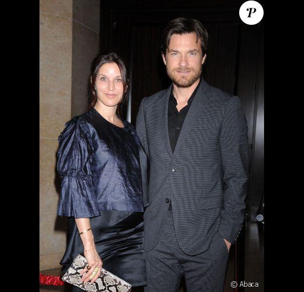 Jason Bateman et Amanda Anka, en janvier 2012 à Los Angeles.