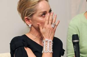 Sharon Stone : L'actrice laisse ses larmes couler devant les photographes
