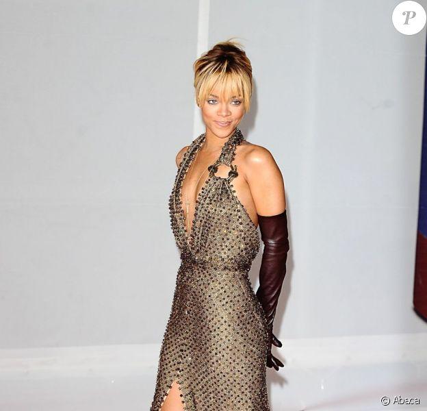 Rihanna, radieuse en Givenchy Couture lors des Brit Awards 2012 à Londres, le 21 février 2012.