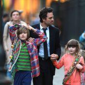 Mark Ruffalo festif à La Nouvelle-Orléans avec sa femme et leurs enfants