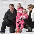 Le prince Friso, la princesse Mabel et leurs filles les comtesses Luana et Zaria lors de leurs vacances à Lech en février 2011.   Pris dans une avalanche à Lech (Alpes autrichiennes) le 17 février 2012, le prince Friso a été déclaré dans le coma le 24 février. La famille royale en pleine tragédie...