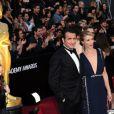 Jean Dujardin et Alexandra Lamy arrivent aux Oscars, le 26 février 2012 à Los Angeles.