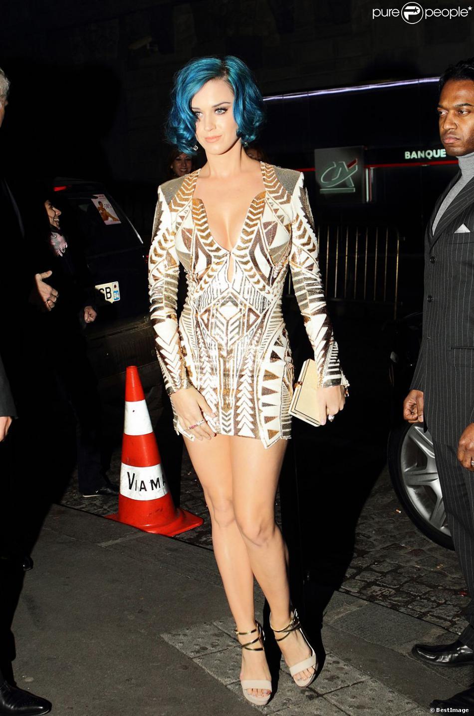 La chanteuse katy perry arrive la maison du caviar - Maison du caviar paris ...