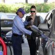 Jessica Alba dans les rues de Los Angeles le 14 mars 2012