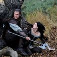 Chris Hemsworth et Kristen Stewart dans  Blanche-Neige et le chasseur .