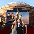 James Cameron, sa femme Suzy Amis et l'actrice Kate Winslet lors de l'avant-première mondiale de  Titanic 3D  à Londres, le 27 mars 2012.