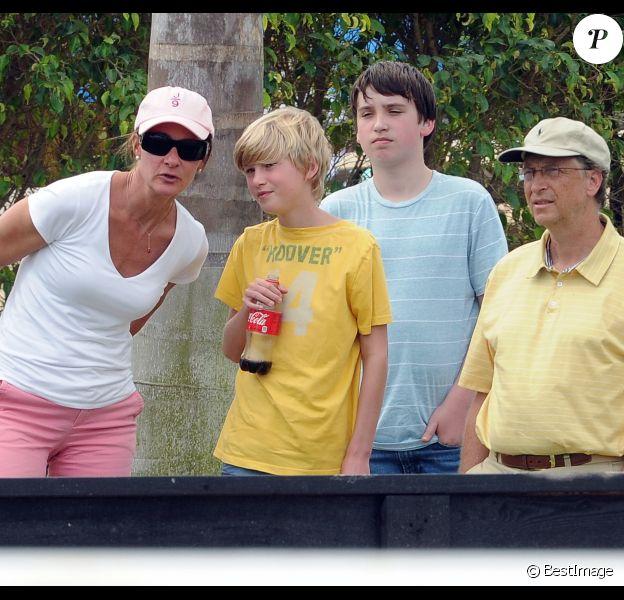 Bill Gates, sa femme Melinda et leur fils Rory le 25 mars 2012 à West Palm Beach en Floride