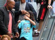 Michael Jackson : Son fils chevelu Blanket affiche un beau sourire