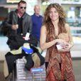 AnnaLynne McCord et son petit ami Dominic Purcell arrivent à l'aéroport de Vancouver au Canada le 9 avril 2012