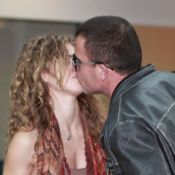 AnnaLynne McCord et Dominic Purcell : Tendres baisers pour les amoureux !