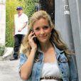 Kristin Cavallari, enceinte, était de bonne humeur lors de sa sortie à Los Angeles. Le 11 avril 2012.