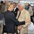 Le prince Albert II et la princesse Charlene de Monaco au Monte-Carlo Country Club au jour 1 du Masters 1000 de Monte-Carlo, lundi 16 avril 2012.