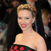 Scarlett Johansson : Diva rétro, elle choisit Prada pour rayonner à Londres