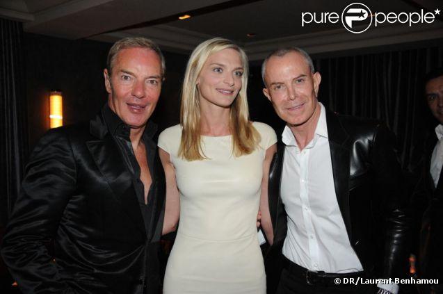Tony Gomez, Sarah Marshall et Jean-Claude Jitrois à la soirée pour le magazine Dandy, Chez Castel le 19 avril 2012 à Paris