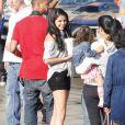 Selena Gomez de passage sur le tournage du clip  Boyfriend  de Justin Bieber, à Los Angeles, le samedi 21 avril 2012.
