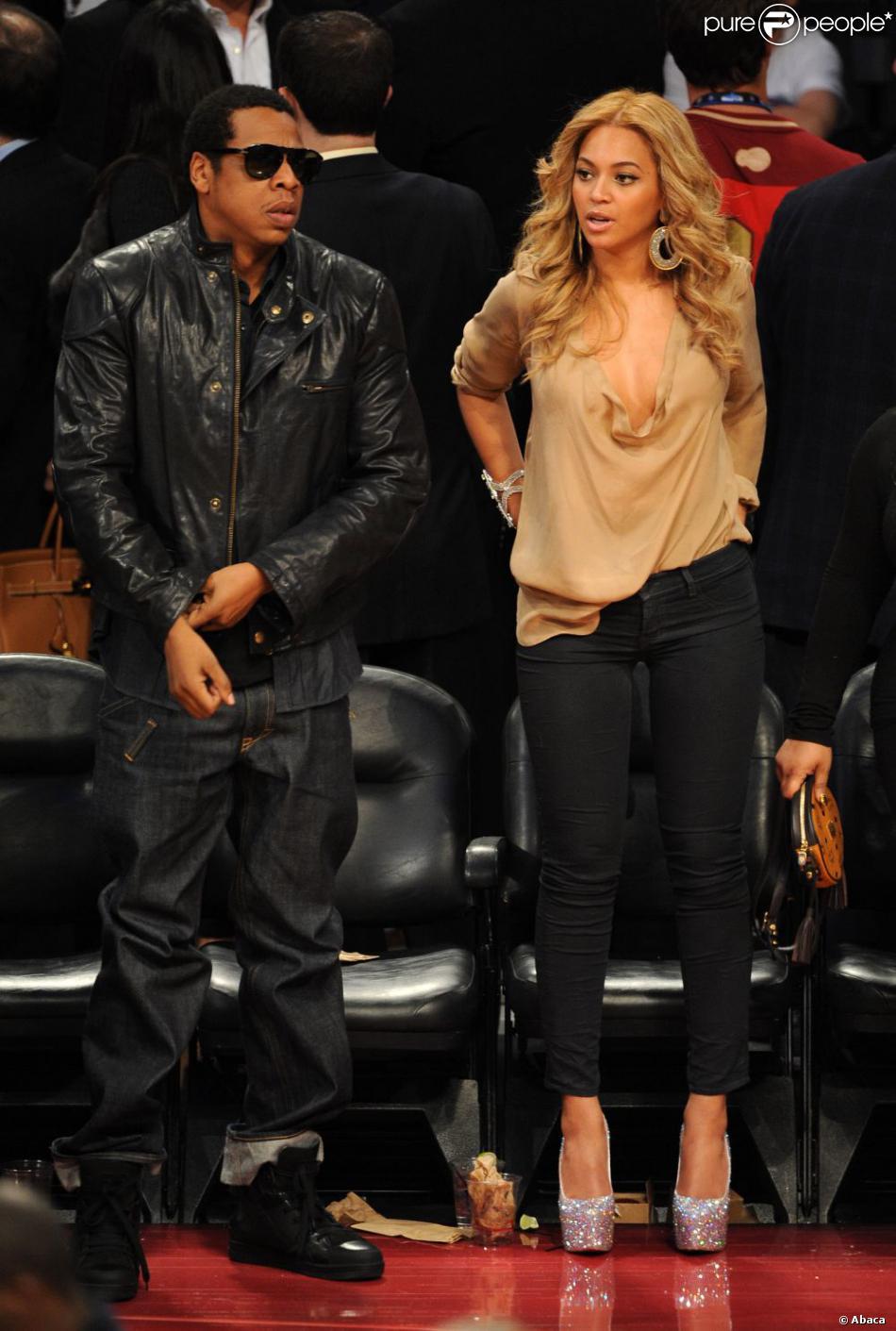 chaussures de séparation e0541 2bd3b Même sur les terrains de basket, Beyoncé osait les Louboutin ...