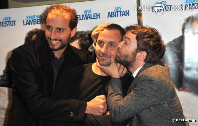 Arié Elmaleh, Jonathan Lambert et Fred Testot à l'avant-première de Dépression et des potes, à Paris le 26 mars 2012.