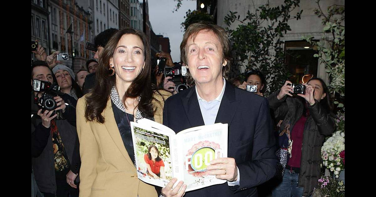 paul mccartney et son pouse nancy shevell au lancement du livre food de sa fille mary. Black Bedroom Furniture Sets. Home Design Ideas