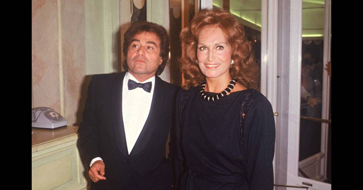 dalida et son fr re orlando paris en 1983 purepeople. Black Bedroom Furniture Sets. Home Design Ideas